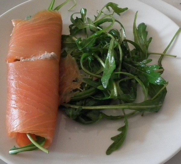 http://vava44.free.fr/blog/roule de saumon f.jpg